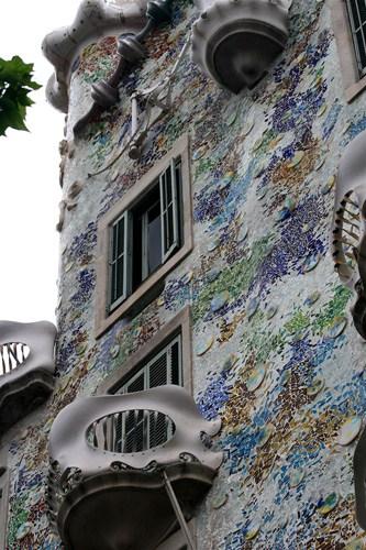Gaudi-front-1