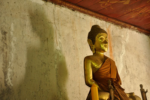 Gold-buddha