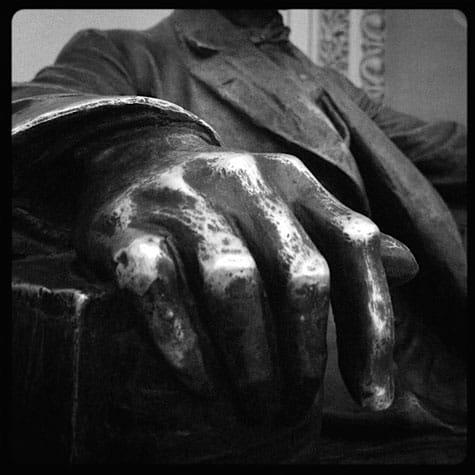 Abes-hand